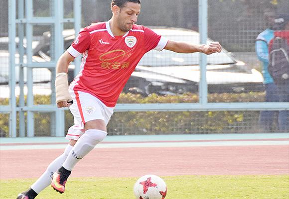 Nicholas Torrão apontou o primeiro golo do Benfica frente ao Kei Lun