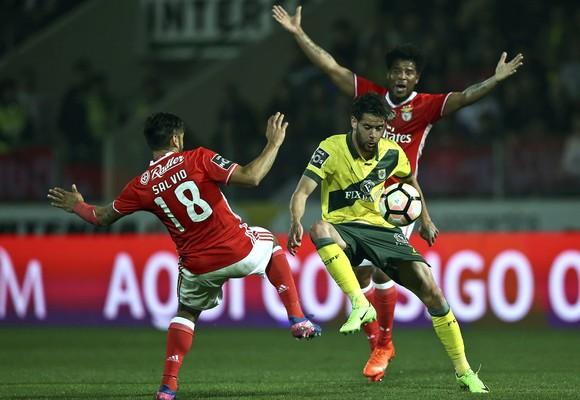 Benfica poderá perder a liderança após o empate em Paços de Ferreira