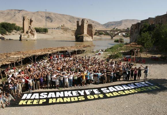 Protestos não impediram avanço da central hidroeléctrica