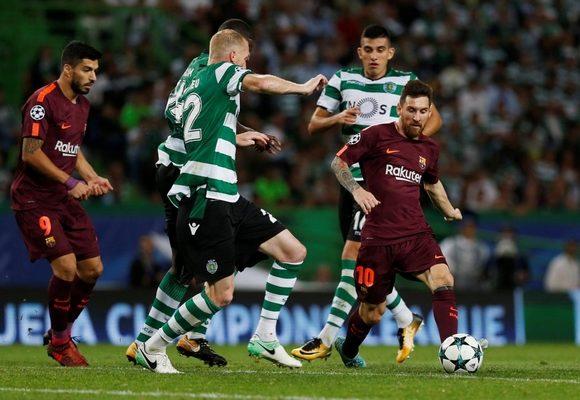 Sporting terá de ganhar em Barcelona e esperar um deslize da Juve